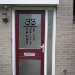 Deursticker Huisnummer en Namen